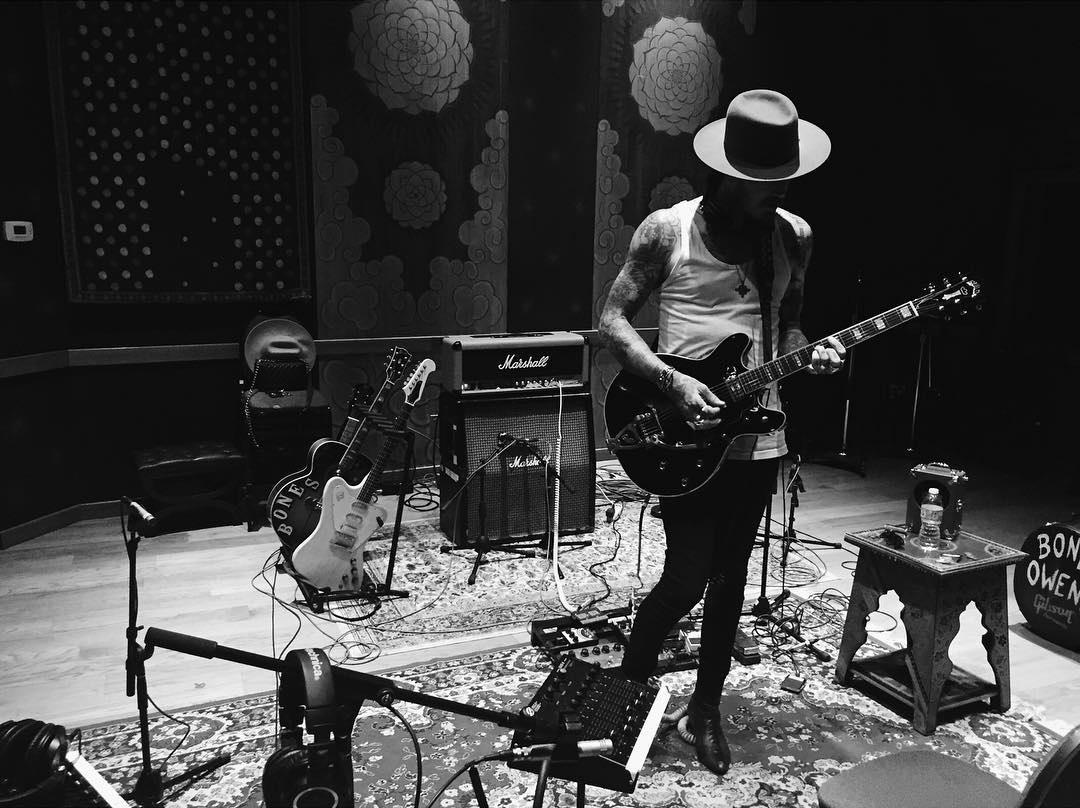 Yelawolf вернулся в студию и работает над новым материалом