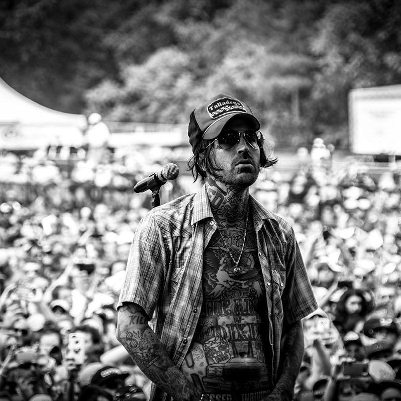 yelawolf#carolinarebelion2016 🎥 @monsterenergy @monstermusic ⚡️⚡️FREEDOM⚡️⚡️ #slumerican