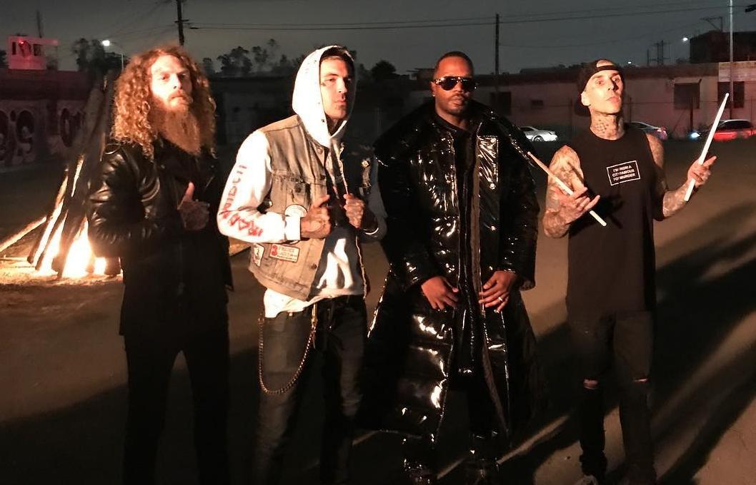 """[Мировая премьера клипа] Yelawolf feat. Travis Barker и Juicy J — """"Punk"""""""